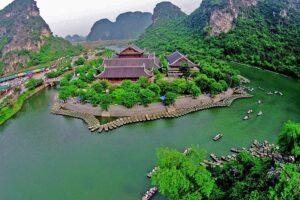 Chùa Bái Đính thuộc quần thể du lịch Tràng An - Ninh Bình